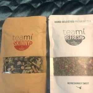 2 bags of Teami tea.